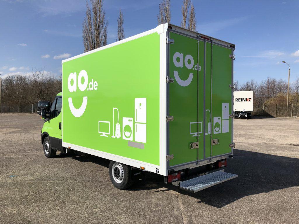 AO 2018 Transporter Vollverklebung grün