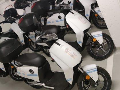 Cofinpro AG - Flottenfolierung Roller und Helme